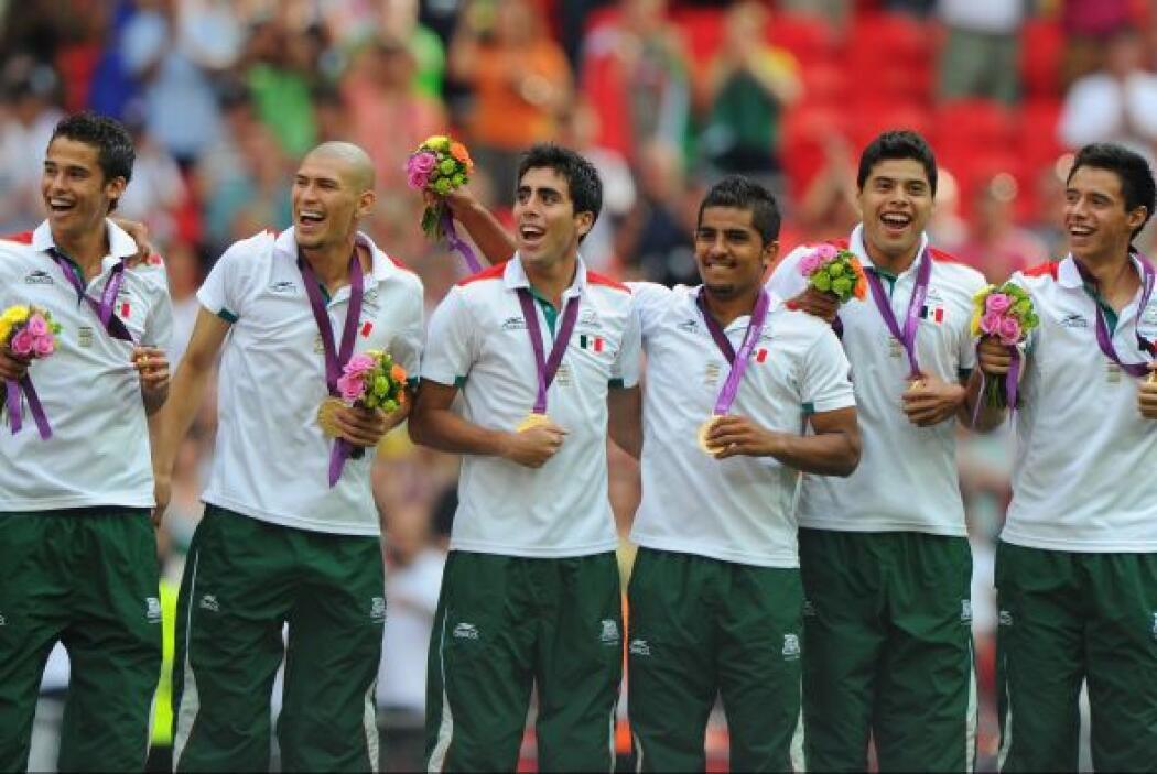 10.-México en los Juegos Olímpicos de Londres 2012  México participó con...