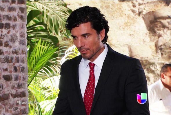 Te sacaste un 10 Armando al avisarle a Chave que Sofía estar&aacu...