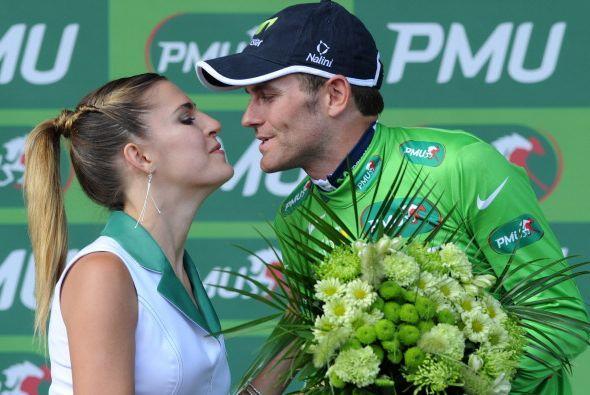 Pero Mark Cavendish no fue el único que celebró, pues el español José Jo...