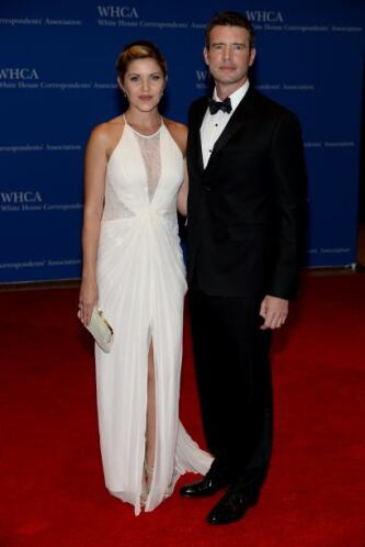 El actor Scott Foley y su mujer, Marika Dominczyk. Mira aquí los videos...