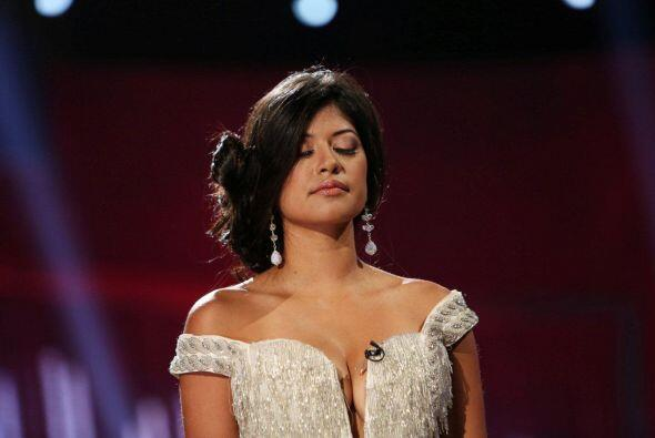 Karina Hermosillo estaba bastante triste y sabía que al lado de A...