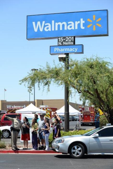 Walmart emitió un comunicado en el que decía que colaboraba con la polic...