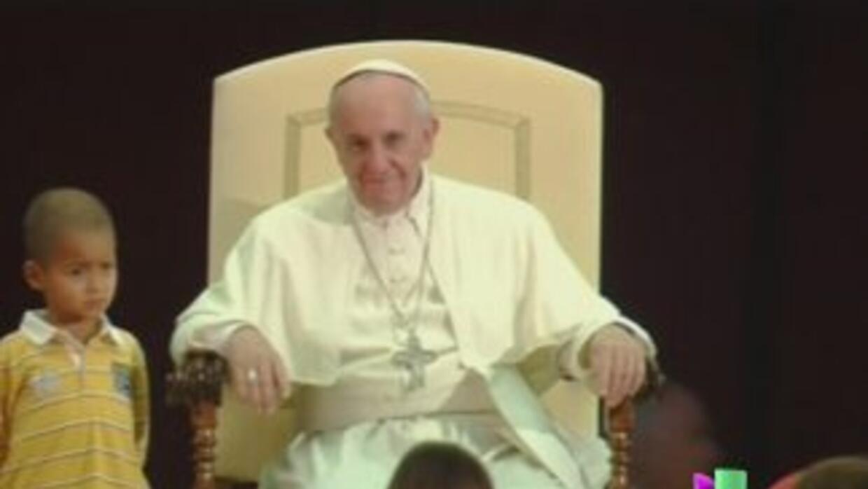 Niño colombiano burló la seguridad del Papa Francisco