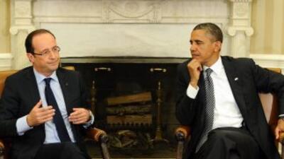 Los presidentes de EU, BarackObama, y Francia, FrançoisHollande, comen...