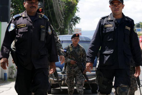 El despliegue de militares y agentes en todo el país no ha resuelto el p...