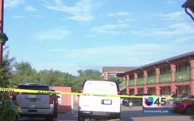Asaltantes asesinan a un jardinero en Houston