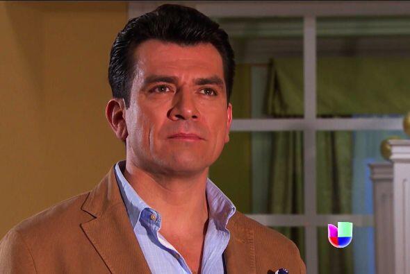 No seas tan duro Fernando, dale una oportunidad a Ana para que hable con...