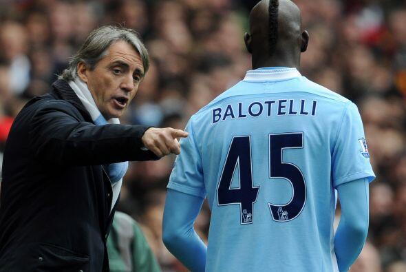 Mancini Vs. Balotelli.Mancini no sólo tuvo problemas con T&eacute...
