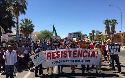 """""""¿Por qué deportarlos? Solo mátenlos"""": el tuit de una maestra de  Arizon..."""