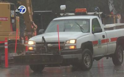 Trabajador de Caltrans murió en accidente mientras limpiaba un camino en...