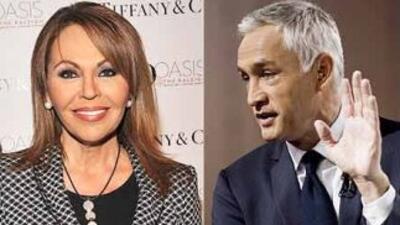 Los periodistas María Elena Salinas y Jorge Ramos, presentadores del Not...