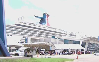El crucero Carnival Splendor ha cambiado sus itinerarios debido a proble...