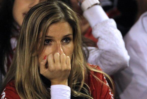 Rostro de tristeza en esta belleza brasileña, el Inter de Porto Alegre f...