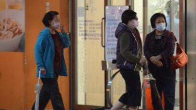 Cinco casos más del virus H7N9 de gripe aviaria han incrementado el núme...
