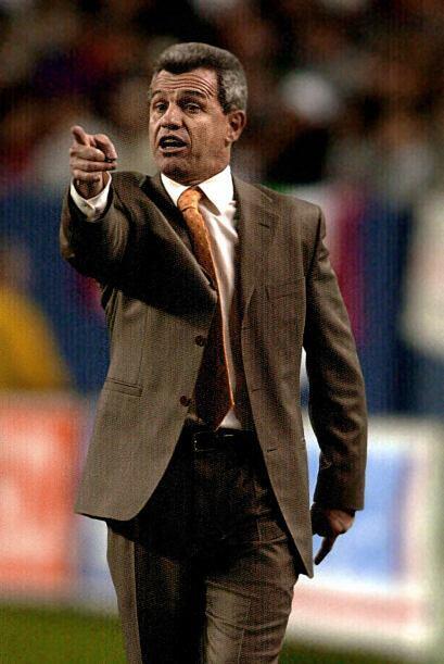 En ese momento, Javier Aguirre había aceptado el cargo como entrenador t...
