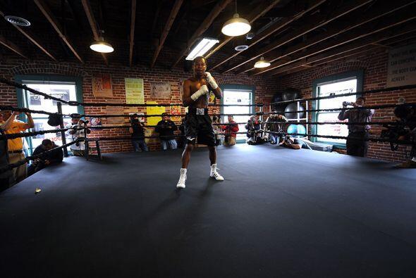 Este combate es uno de los más esperados por los amantes del boxeo.
