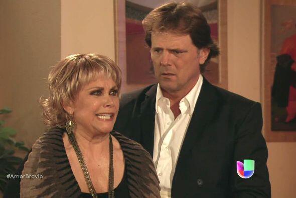 Rocío es sincera y dice desconocer la identidad del padre pues Do...