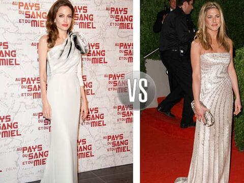 En lo que Angelina muestra un estilo elegante y muy sofisticado, Jennife...
