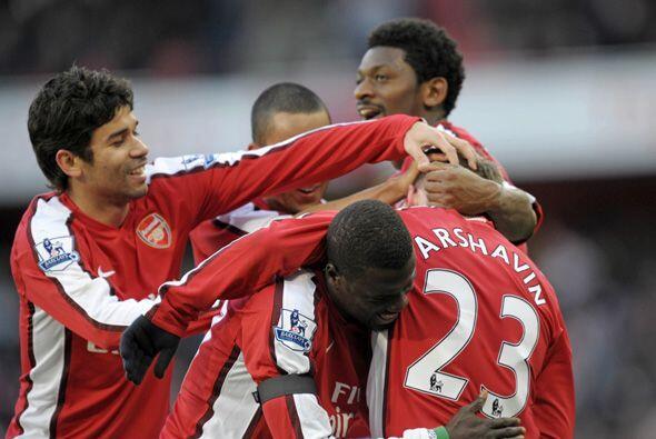 Arsenal venció 3-1 al Burnley para ponerse como segundo en la Pre...