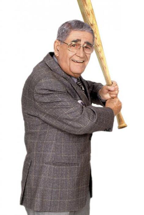 Felo Ramírez   es nonagenario y lleva más de 68 años narrando juegos de...