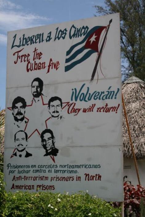 """""""Grupo de los 5""""   Aprehendidos en septiembre de 1998, Gerardo Hernández..."""