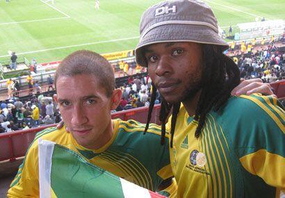 Los fanáticos de Sudáfrica disfrutan mucho de su minimundial.