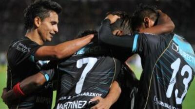 Deportivo Quito le ganó el clásico quiteño a Liga de Quito por 2-1 mient...