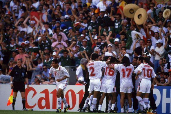 México tuvo que venir de atrás y con gol de Aspe y con un...