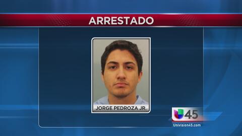 Arrestan a joven hispano en relación a muerte de su padre