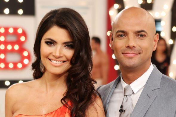 El público los adora y como presentadores hacen una ¡pareja...
