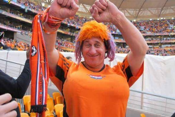 Los holandeses son sin duda, los aficionados más coloridos de tod...