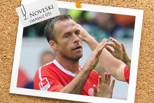 En la defensa, se encuenta el macedonio Nikolce Noveski, que hizo buen t...