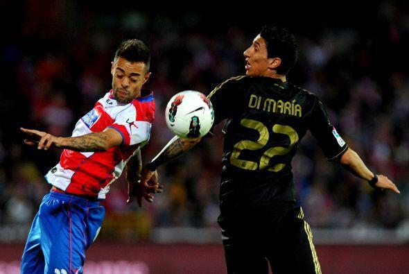 Con el paso de los minutos el Madrid se hizo del control de las acciones.