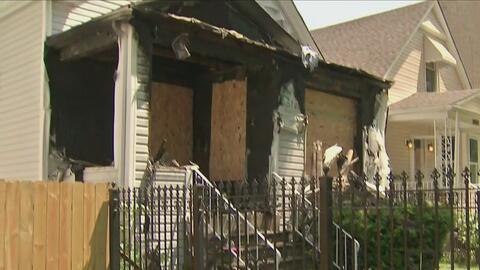 Autoridades investigan la causa de un incendio que dejó a integrantes de...