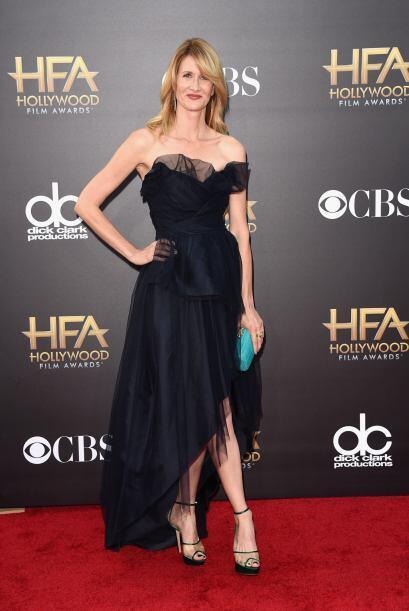 La tela transparente del vestido de Laura Dern fue de lo peor que vimos...
