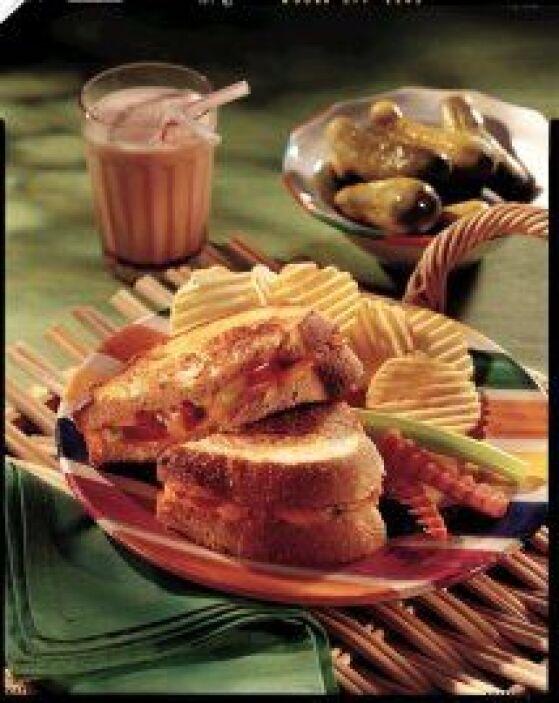 Sándwich de queso americano a la parrilla: Esta receta es uno de los pla...