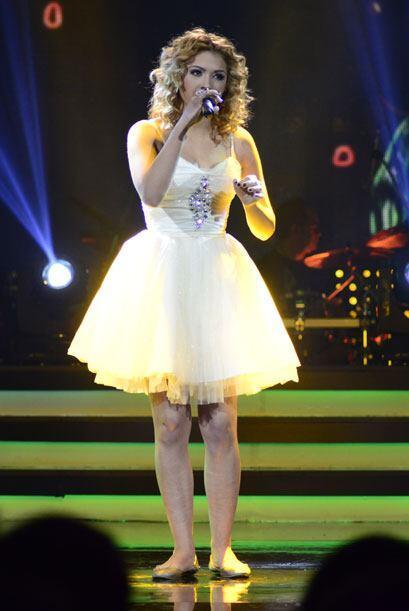 """Le tocó cantar el tema """"Manías"""" de Thalía."""