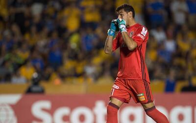 Nahuel Guzmán aseguró que el mal resultado en Liga no afectará en la Lig...