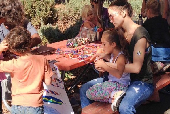Hace poco la artista decidió cambiar de colegio a sus pequeños.  Más vid...