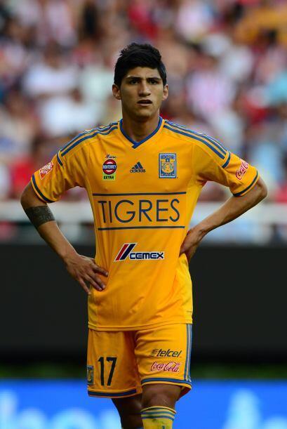 Alan Pulido: Una gran semana para el atacante de Tigres. Hizo un buen pa...