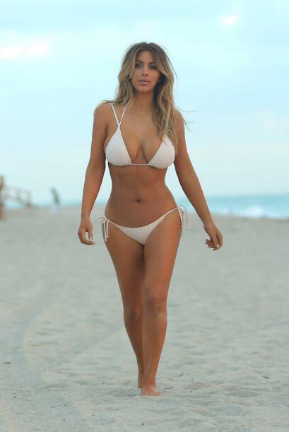 El estilo playero que tiene Kim a sus 33 años de edad es algo por lo que...