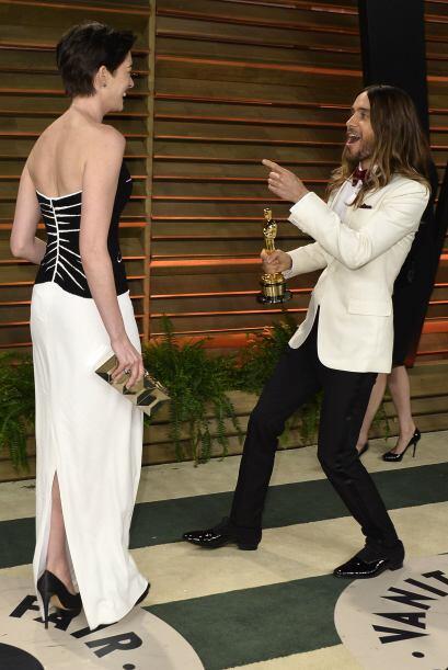 Got'ya!, parece decir Jared a Anne. Más videos de Chismes aquí.
