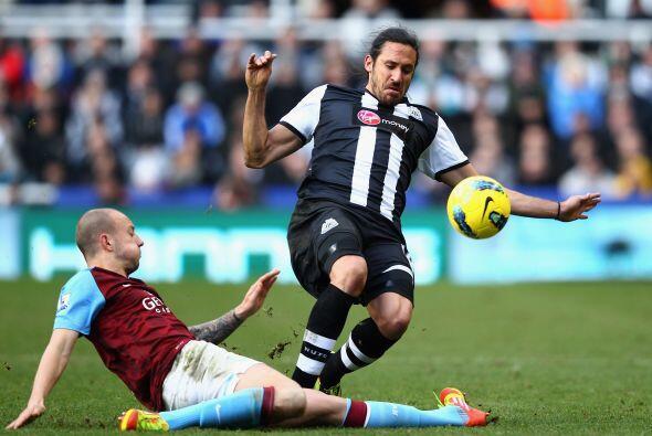 En el otro juego del día, el Newcastle recibió al Aston Vi...