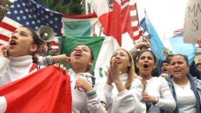 En Estados Unidos viven 11 millones de indocumentados. Se estima que uno...