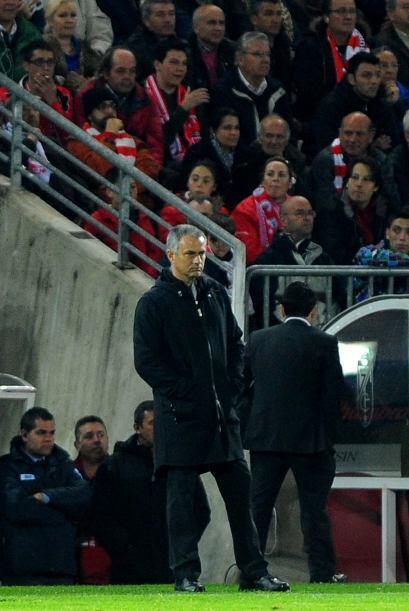 El técnico José Mourinho mostraba toda la tranquilidad de...