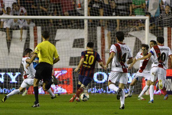 Hasta que apareció Messi en una jugada individual para dejara solo a Pedro.