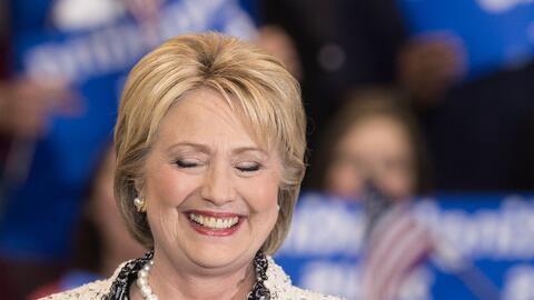 Un recorrido por algunos vestidos emblemáticos de Hillary Clinton.