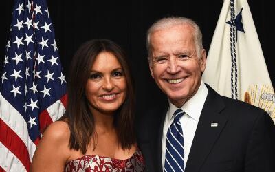 Este capítulo marca una nueva colaboración entre Biden y la actriz prota...