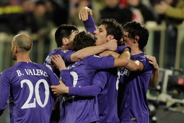 Jovetic le marcó un doblete a los 'nerazzurri' y la Fiorentina sa...