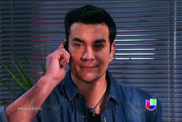 Esa sonrisa esconde algo Salvador, ¿pues qué tienes planeado para que So...